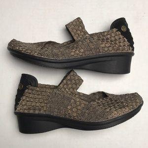 Bernie Mev. Loafers Metallic Gold Size 37